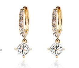 Frauen Damen Ohrringe Clip-on mit Zirkon Hänger Creolen (Gold)